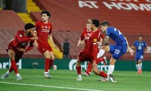 Chelsea's Christian Pulisic scores their third goal.
