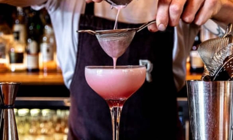Cocktails at the Raeburn.