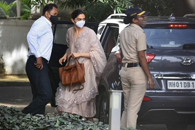 Deepika Padukone arrives in Mumbai for questioning