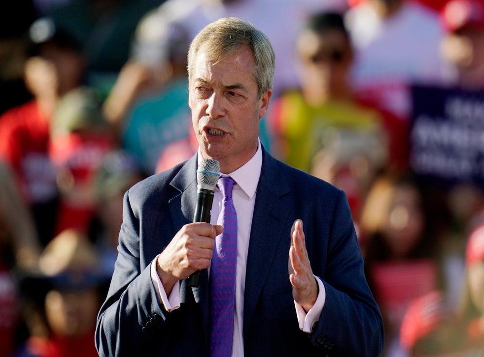 Farage speaks at Trump rally