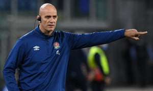 The England defence coach, John Mitchell, oversees preparations for the Six Nations match against Italy in Rome on 31 October.