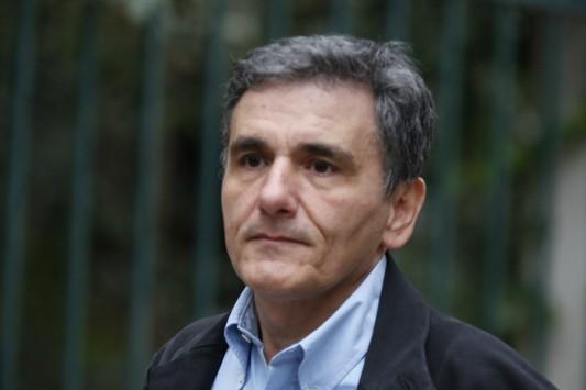 Τσακαλώτος: Στο Eurogroup αντιμετωπίσαμε ωμή βια και εκβιασμό