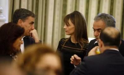 Οι πλειστηριασμοί έρχονται τα επιδόματα φεύγουν – Το πολυνομοσχέδιο – σκούπα | Newsit.gr
