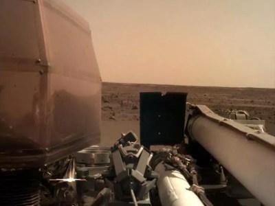 "NASA: Νέες φωτογραφίες του ""Κόκκινου Πλανήτη"" από το Insight   Newsit.gr"