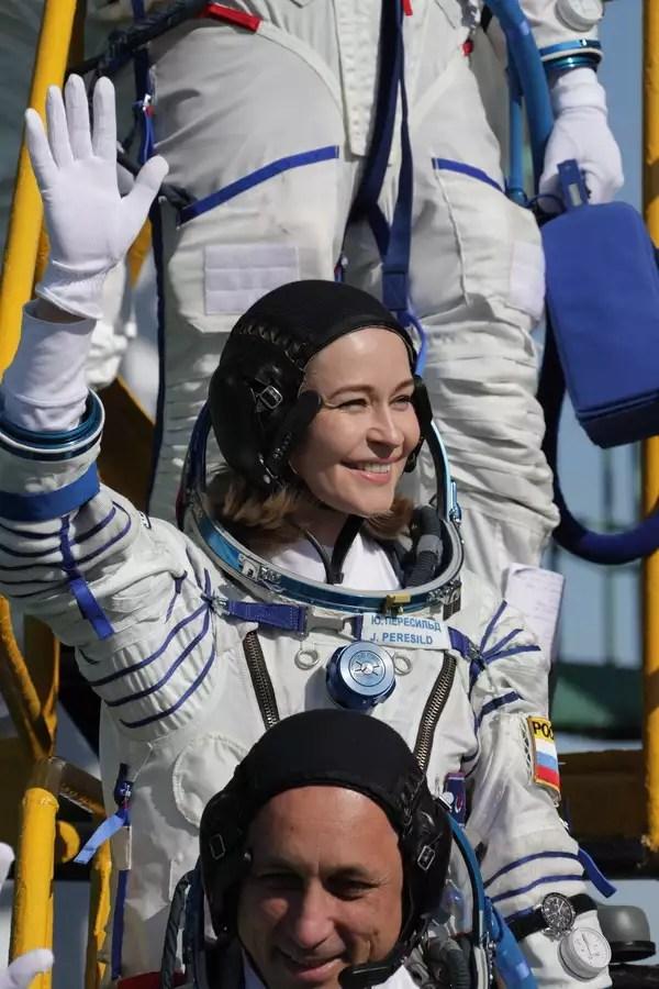 Οι Ρώσοι γυρίζουν ταινία στο Διάστημα και μπαίνουν στον ανταγωνισμό με τον Τομ Κρουζ | SoyuzMS19 Movie APE4