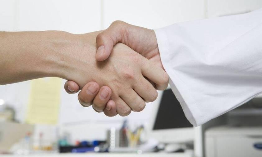 bigstock-Handshake-With-Doctor-6469568