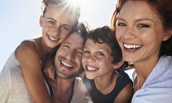 Γιατί οι ήρεμοι γονείς μεγαλώνουν ευτυχισμένα παιδιά