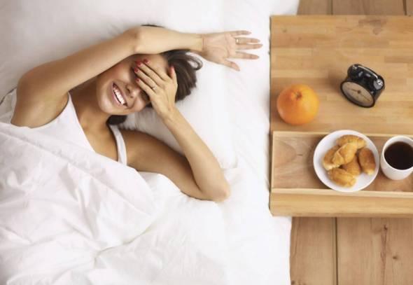 10 τροφές που μας ξυπνούν περισσότερο κι απ' τον καφέ!