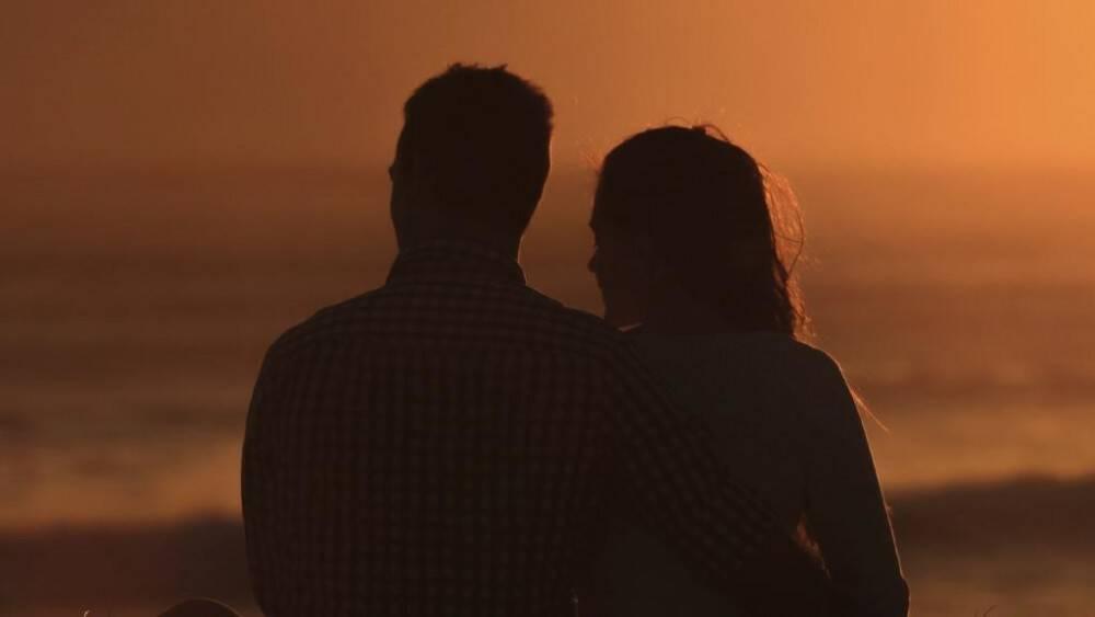 Χήρα διαβάζει έκπληκτη ένα email μετά τον θάνατο του συζύγου της…και βλέπει κάτι που την κάνει να λιποθυμήσει.