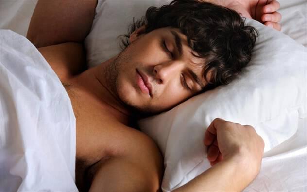 Γιατί δεν κοιμόμαστε όταν πέφτουμε στο κρεβάτι, αν και νυσταγμένοι;