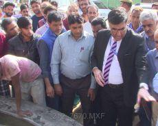 SMC Commissioner visits Bemina, takes stock of public grievances