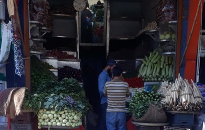 Arrival of Ramadan, price hike of vegetables, fruits in valley
