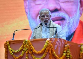 वाराणसी: देश के लिए मैं प्रधानमंत्री हूं, लेकिन आपके लिए मैं सेवक हूं, पढ़ें- पीएम के भाषण की बड़ी बातें