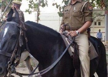 दिल्ली: बुजुर्ग दंपति और नौकरानी की हत्या से सनसनी