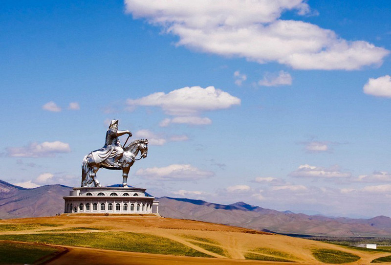 Genghis Kahn statue
