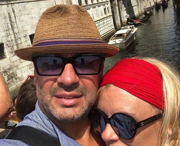 Tina Cipollari pizzicata con il nuovo amore Vincenzo Ferrara a Firenze