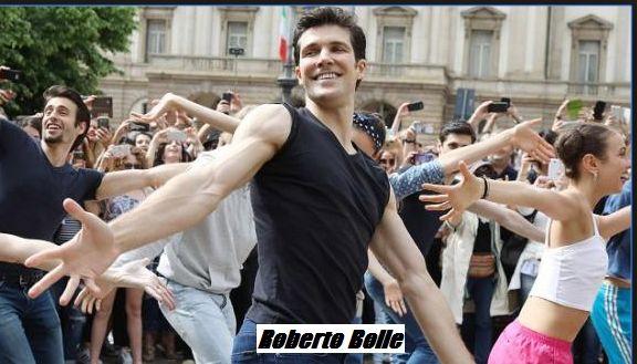 Roberto Bolle definitio anche il ballerino dei due mondi.