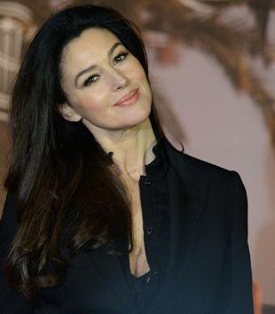 Monica Bellucci attrice italiana di successo da molti anni trapiantata in Francia