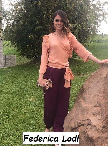 Federica Lodi ad un matrimonio vestita molto elegante