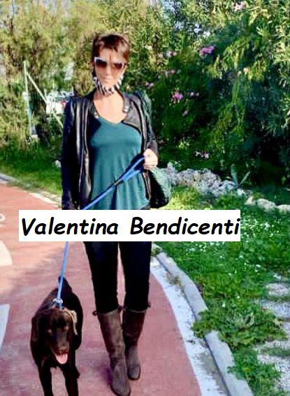 Valentina Bendicenti a passeggio con il suo cane