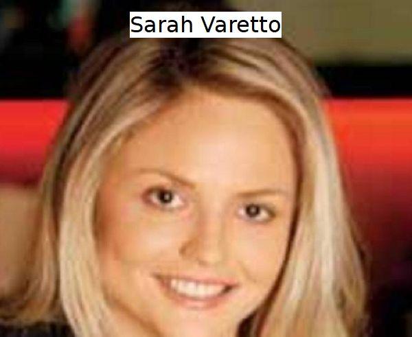 Sarah Varetto giornalista e dirigente azienda Sky TG24 in abito da sera nero