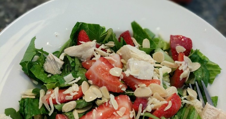 Green Salad with Chicken, Strawberries and Amazing Sweet Coconut Dressing