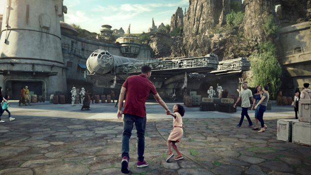 Book Now for New Star Wars: Galaxy's Edge at Disneyland {5th Day Free}
