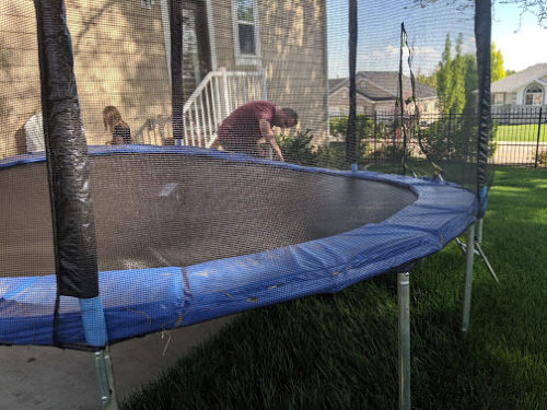FRAUD: The Dangerous Trampoline I Bought on Amazon and How I Lost $300