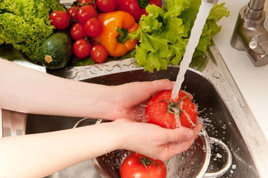 Wash food well before eating (Photo Shutterstock)