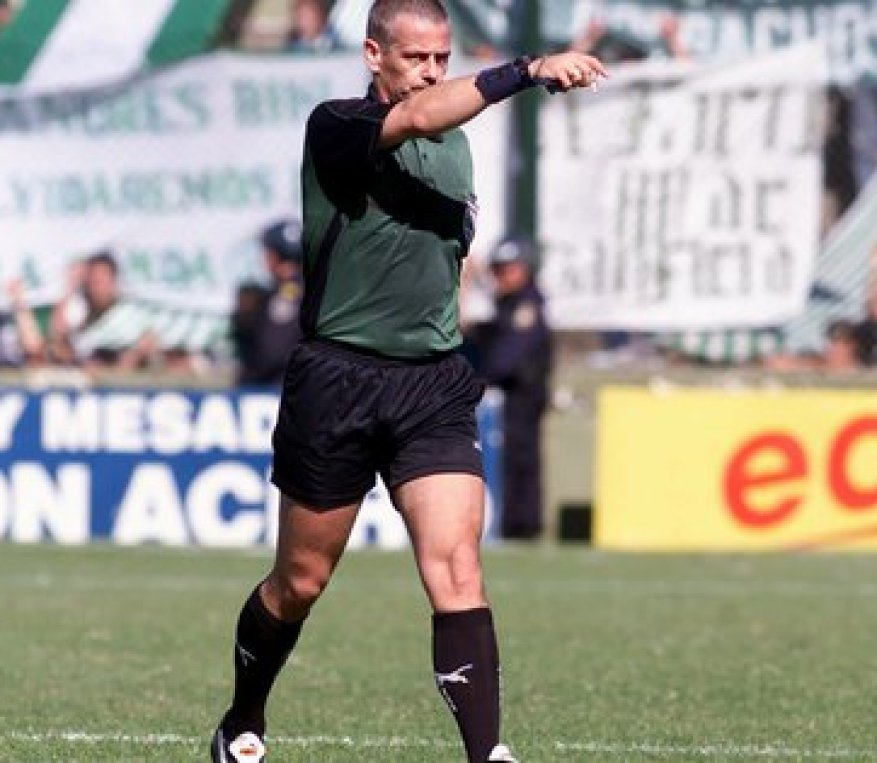 Madorrán made his debut in Primera in 97 and directed until 2003, when he was separated from the AFA referee body (Fotobaires)