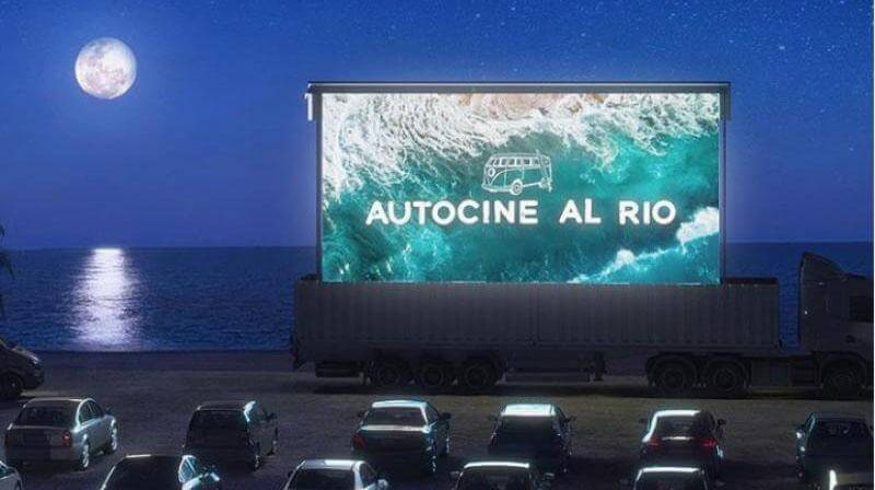 The first night of the drive-in in San Isidro, the first of the AMBA, exceeded the expectations of the organizers. (Photo: San Isidro Municipality Press)