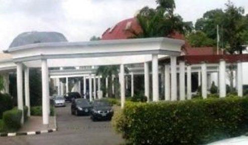 Fire Razes Nigeria  Presidential Villa