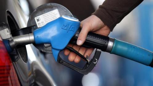 Fuel Queue Surfaces As  Pump Price Hits N150 Per Litre
