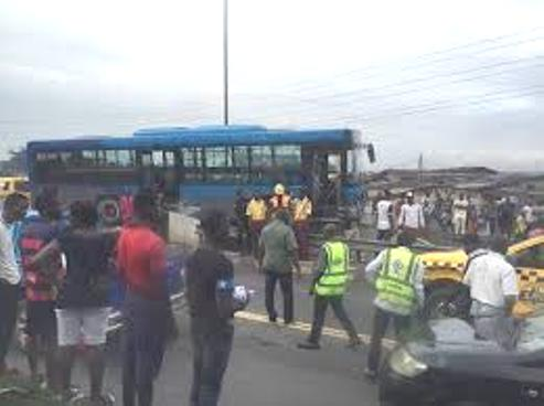 BRT Bus Crushes Three To Death  At Iyanu-Ipaja Area Of Lagos