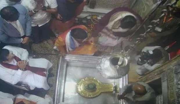 Sri Lankan PM Rajapaksa visited Kashi Vishwanath