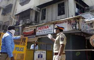 bmc-sealed-thousands-buildings-in-mumbai-amid-rising-covid-case