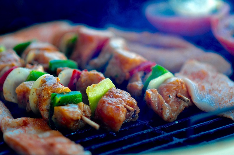 Healthy Family Dinner Ideas with Chicken Skewers on a Grill