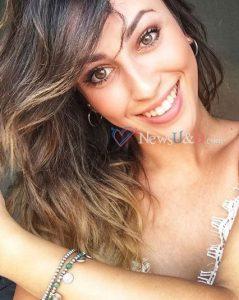 Carolina Uomini E Donne Che Ha Incuriosito Sia Luigi