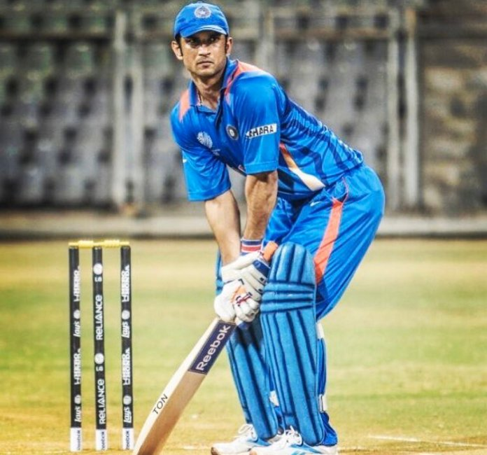 Sushant Singh Rajput Playing Dhoni shot in MS Dhoni: The Untold Story.