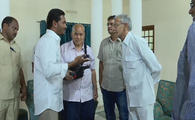 YS Jagan's nomination in Pulivendula News, Jagan Mohan reddy Latest News, Newsxpressonline