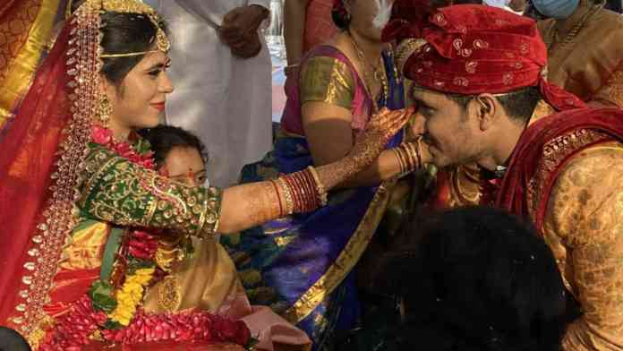 hero-nikhil-and-pallavi-varma-wedding