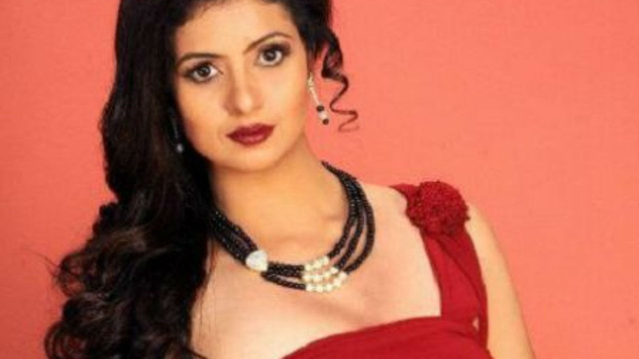 cricketer-mohammed-shamis-estranged-wife-hasin-jahan-receives-death-threat