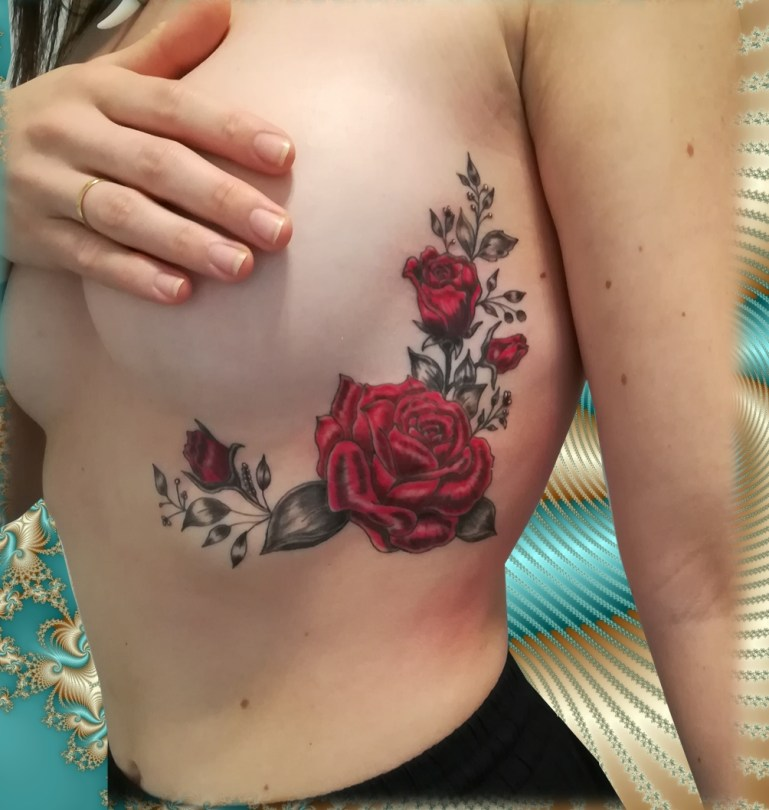 Roses ribs tattoo - Tatouage Roses sur côtes - France (40)
