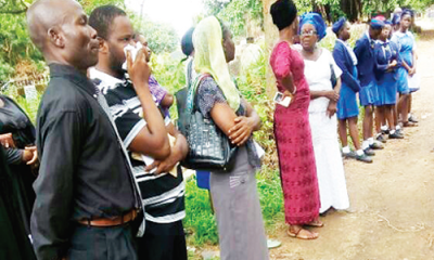 Diarrhoea: Queen's College buries orphaned student