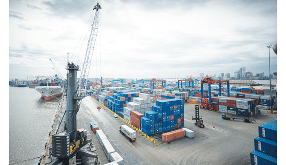 Shipping lines at crossroads over private armed guards