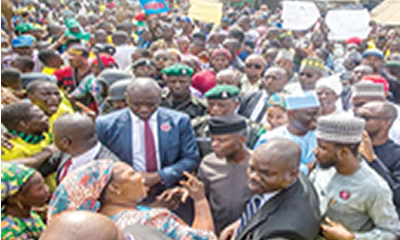 2019: Osinbajo takes campaign to door posts of Lagosians