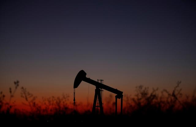 Oil falls as virus death toll climbs, US inventories rise
