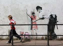 Stencils de Banksy en Glastonboury - foto: Derechos Reservados
