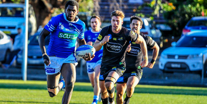 Newtown Jets centre Edrick Lee breaks clear in last Saturday's absorbing ISP NSW encounter with Mounties at Henson Park. Photo: Gary Sutherland Photography