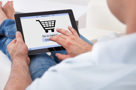 Offline Sales Tips for Online Merchants